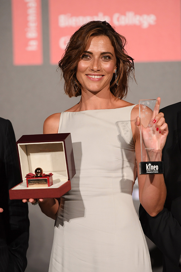 Anna Foglietta - vincitrice del premio Kinéo&Ferragamo Parfums. (Photo by Venturelli/WireImage)